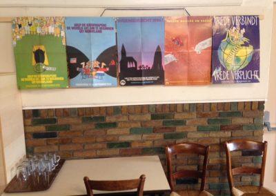 De posters van de vredesweken