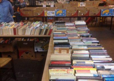 boekenmarkt bezig 1