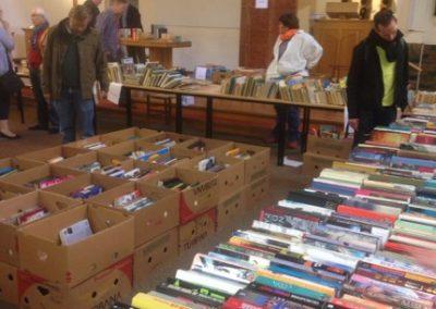 boekenmarkt bezig 2
