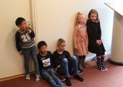 De kinderen en jongeren waren in de loge
