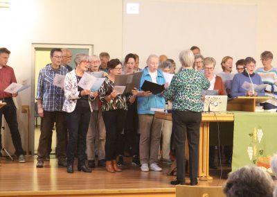 Terug in de kerk lieten de zangers horen